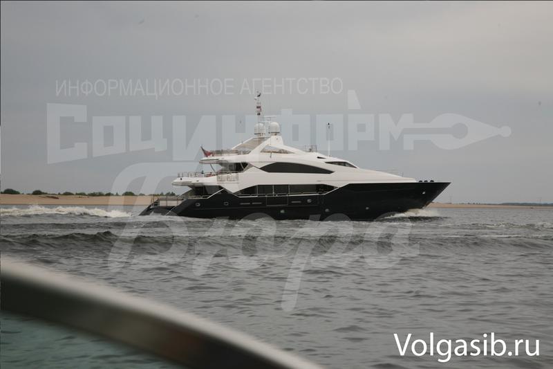 ВГенпрокуратуре Украины заявили, что немогут связаться сЯнуковичем