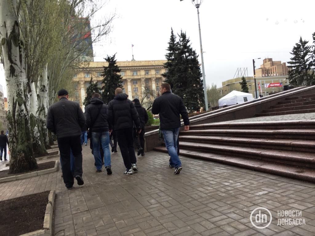 "В центре Донецка, вместо протеста шахтеров, развернули ""народные гуляния"" (ФОТО), фото-4"