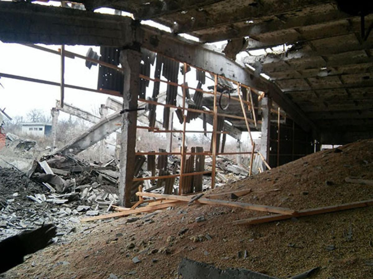 ВДонецкой области в итоге обстрела разрушен сельскохозяйственный комплекс