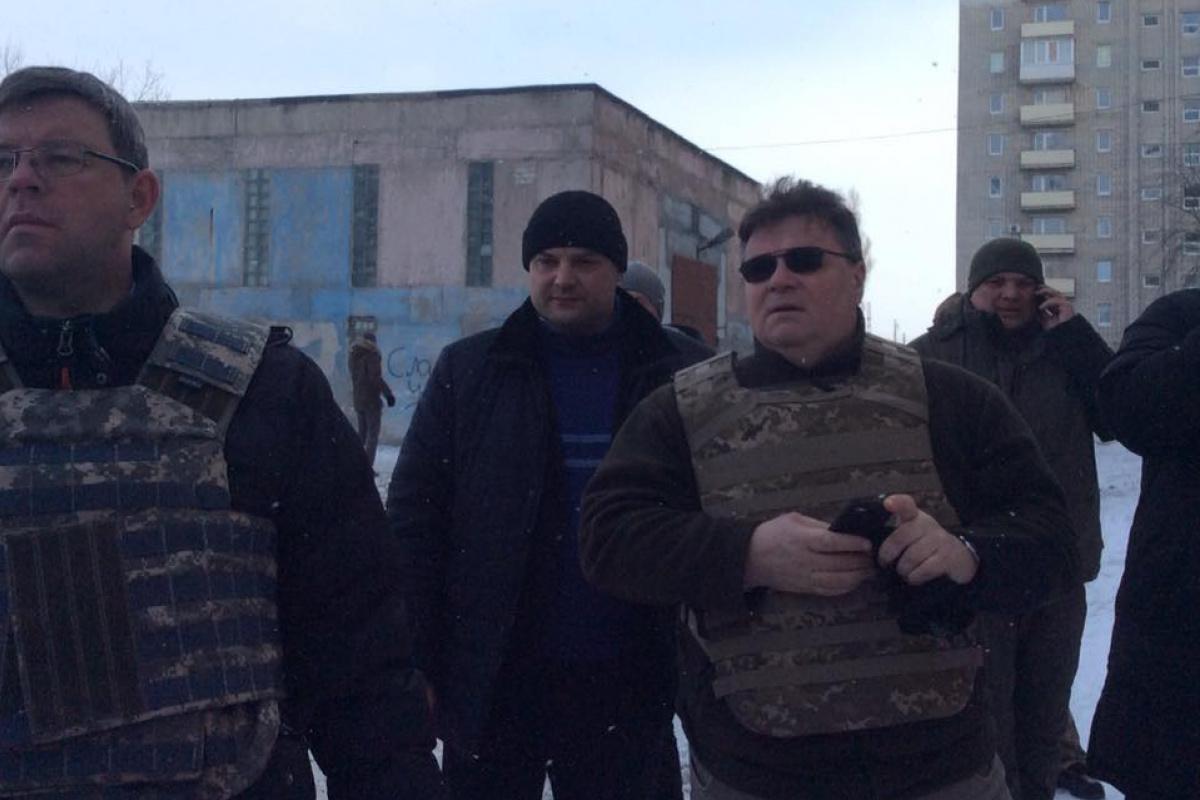 Руководителя МИД Литвы непустили впромзону Авдеевки из-за обстрелов