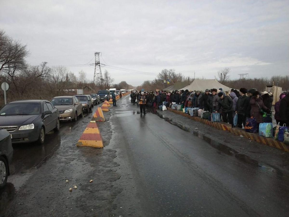 Боевики открыли огонь изпулеметов поМайорску