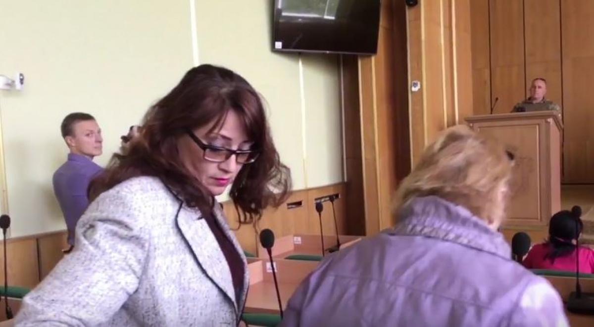 ВСлавянске чиновница отказалась почтить память украинских военных
