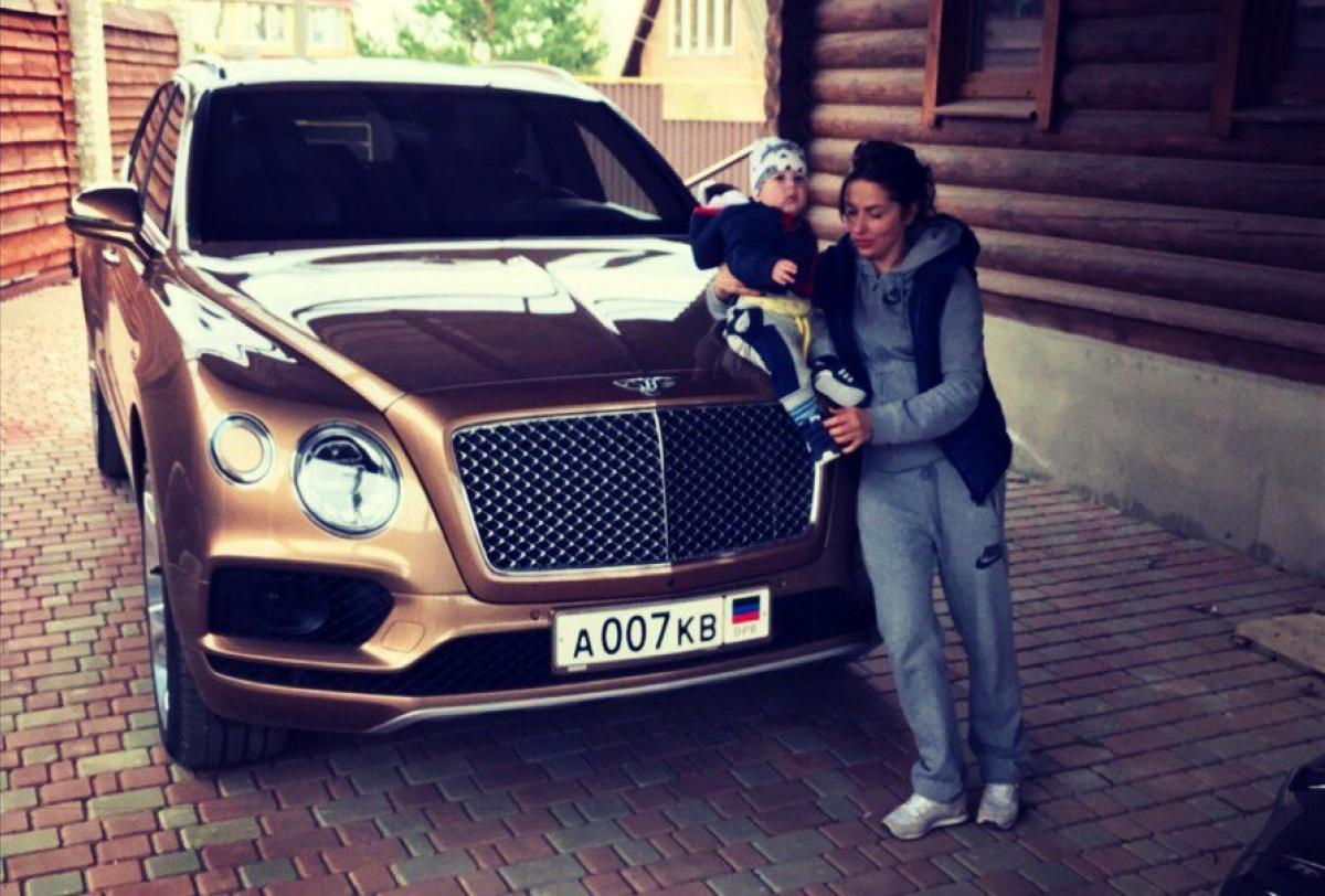 Втеррористической «ДНР» увидели самый дорогой вмире джип