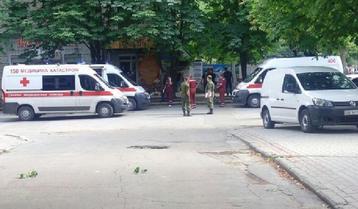 Вцентре Луганска случилось  два взрыва