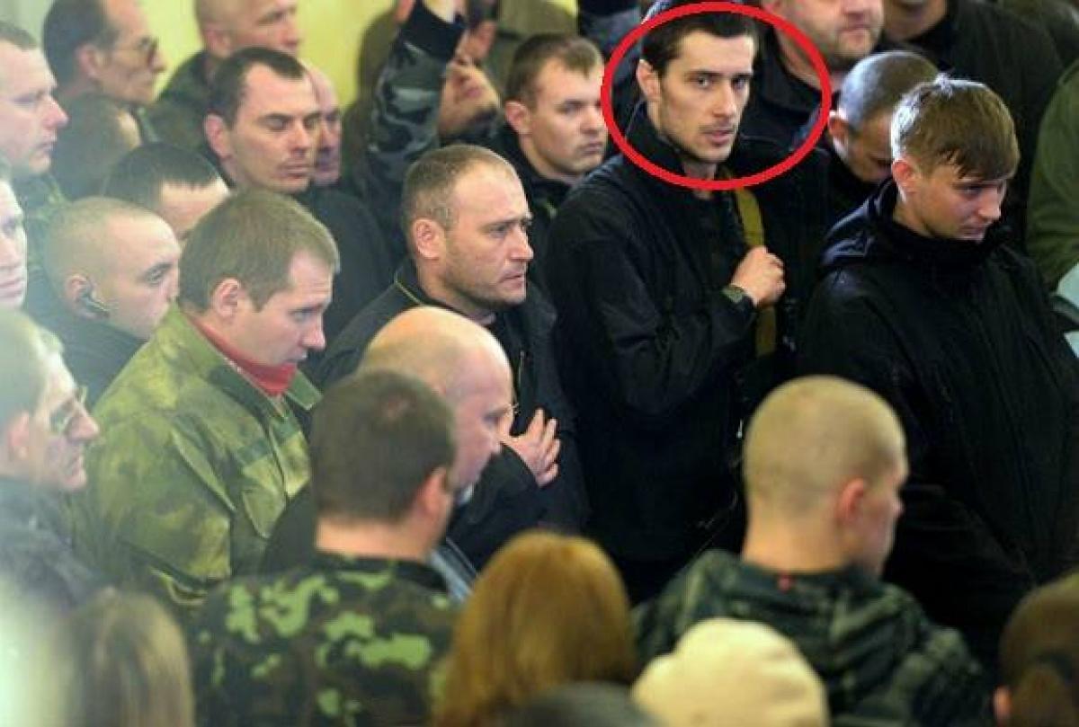 Русские следователи сообщили матери экс-охранника Яроша, вкаком СИЗО еесын