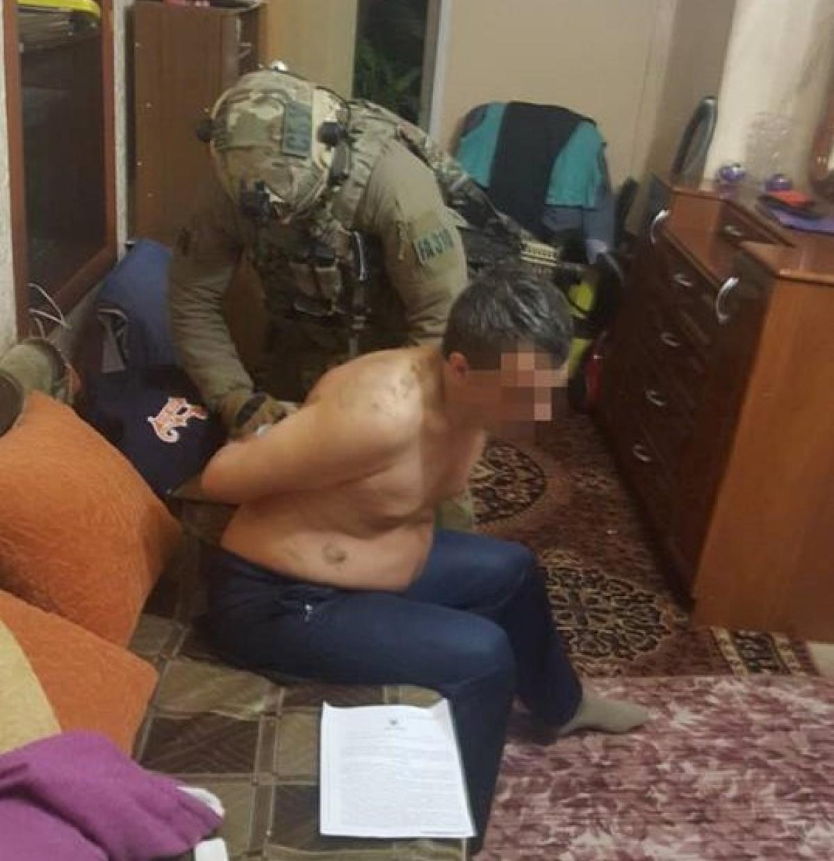 ВДонецкой области задержали наркогруппировку, вкоторую входили полицейские— СБУ