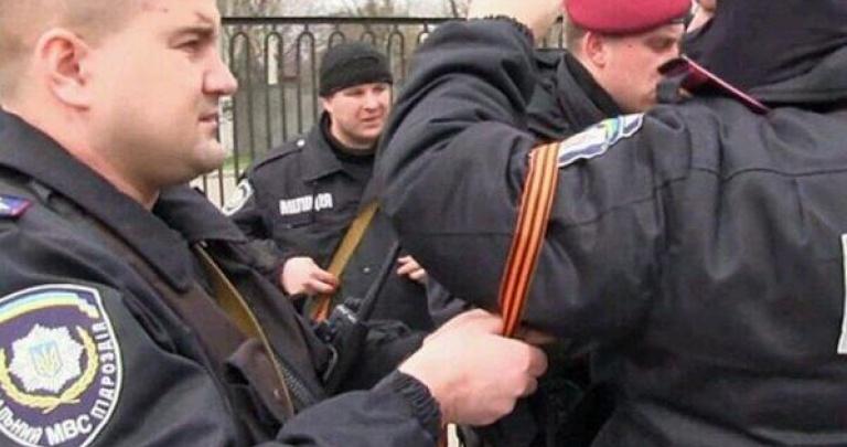 """""""А чем Захарченко плох?! Они не террористы! Сколько негров там у вас подмогают?!"""", - в Мелитополе полиция не реагировала на сепаратистские проявления - Цензор.НЕТ 5709"""